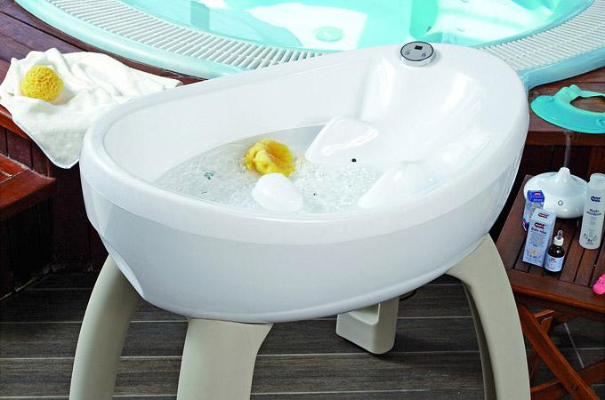 New Design Baby Bath Tub with Stand • Singapore Classifieds