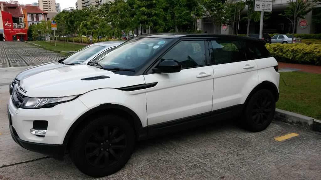 Range Rover Evoque 9 Speed Gearbox White With Black Roof