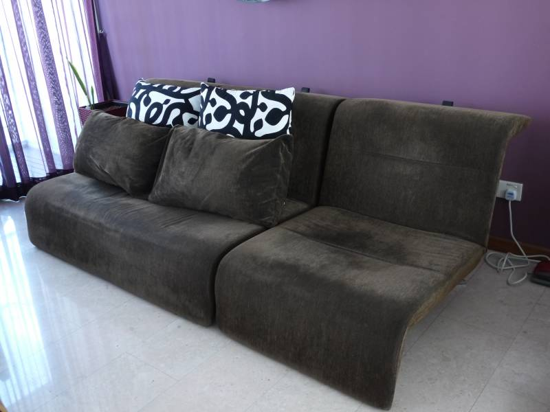 ligne roset downtown settee and chair also sofa bed singapore classifieds. Black Bedroom Furniture Sets. Home Design Ideas
