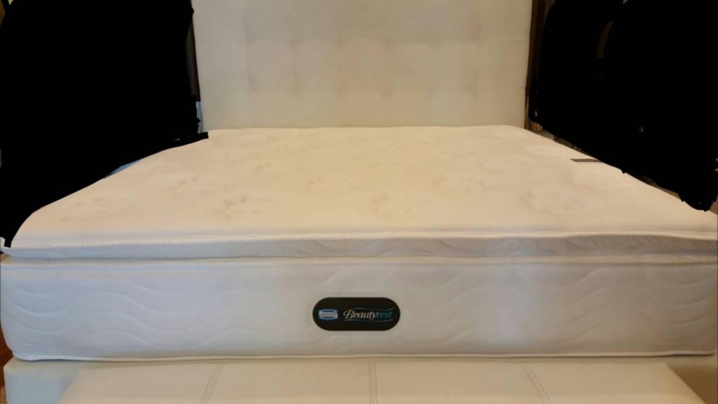 simmons deep sleep mattress. come with 2 deep sleep pillow - 1 mattress protector self collection simmons