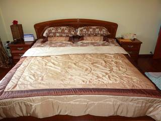 Wow beautiful designer italian bedroom set going very for Very cheap bedroom sets