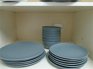 dinnerware 18 piece set ikea dinera plate side plate bowl singapore classifieds. Black Bedroom Furniture Sets. Home Design Ideas