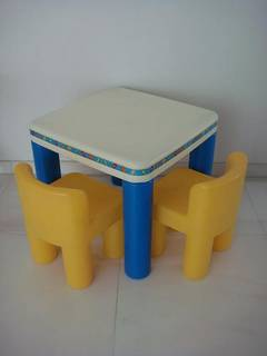 For Sale Little Tikes Beige Table u0026 Yellow Chairs Set. Fully assembled kids furniture set that is perfect for playing crafts projects and dining. & Little Tikes Table u0026 Chair Set u2022 Singapore Classifieds