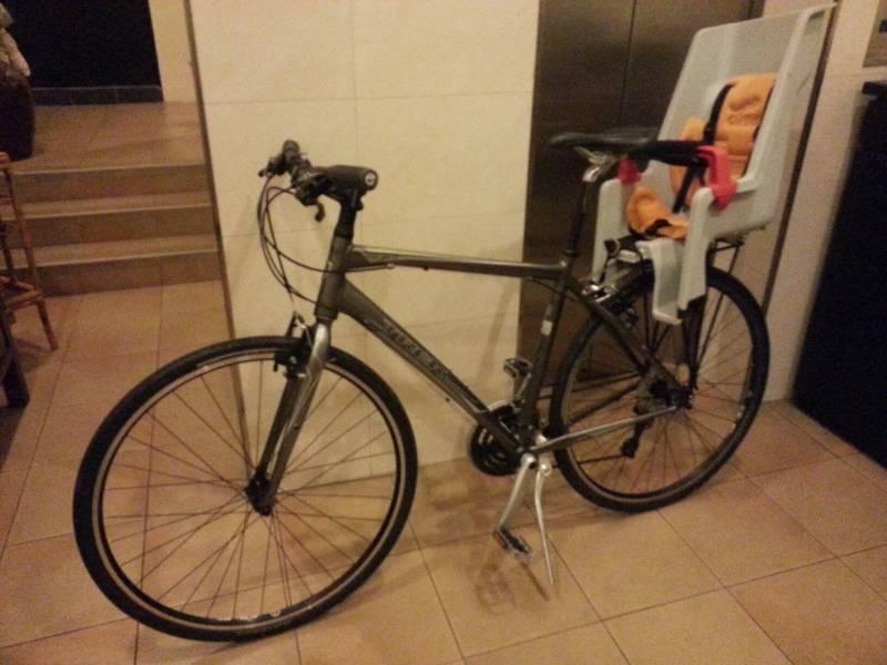 Trek 7 2fx Hybrid Bike With Co Pilot Child Seat Singapore Classifieds